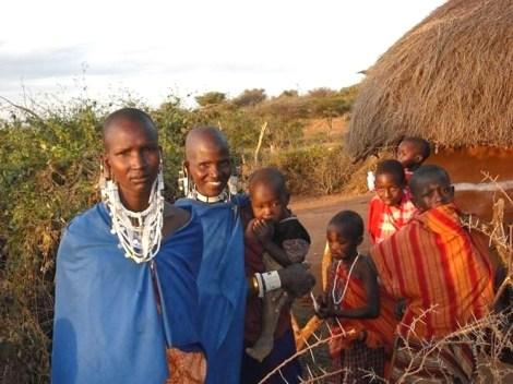 Maasai women and kids
